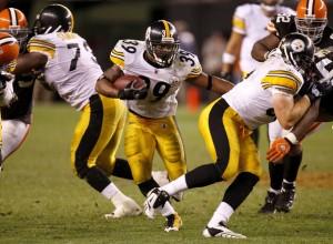 Pittsburgh+Steelers+v+Cleveland+Browns+uQVFk6okQ8Vl